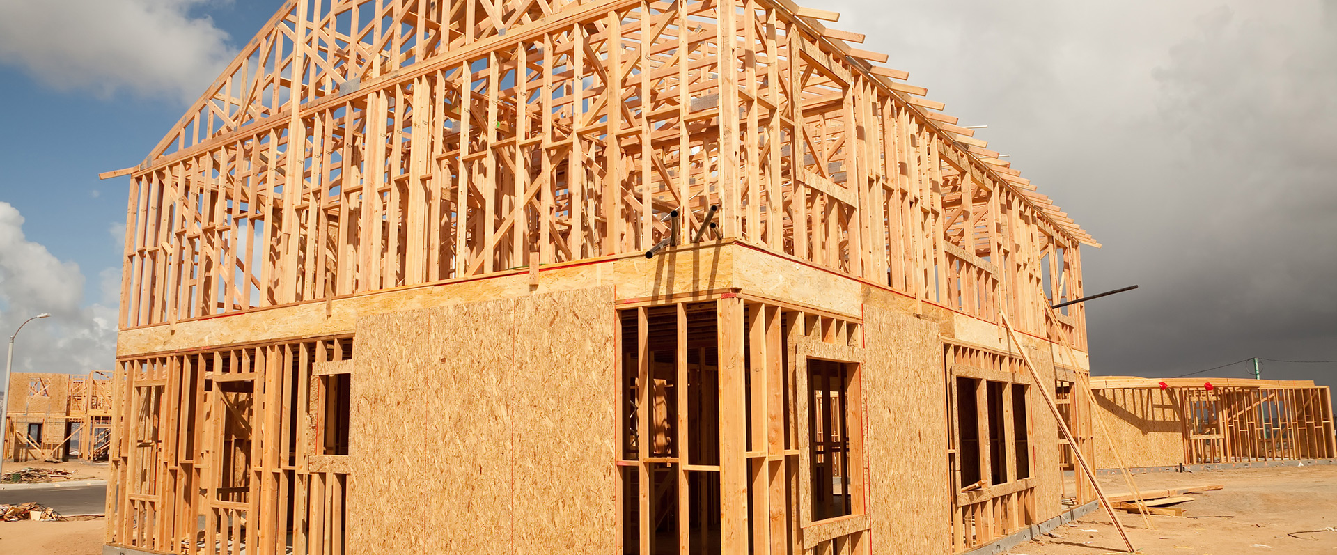 New home construction roofing contractors roof estimates for Building a house in minnesota
